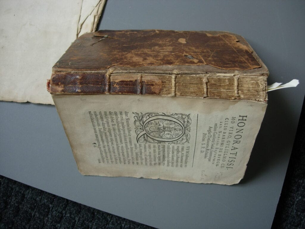 volume published 1573, as received
